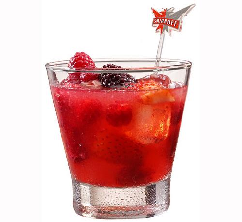 caipiroska de frutas vermelhas